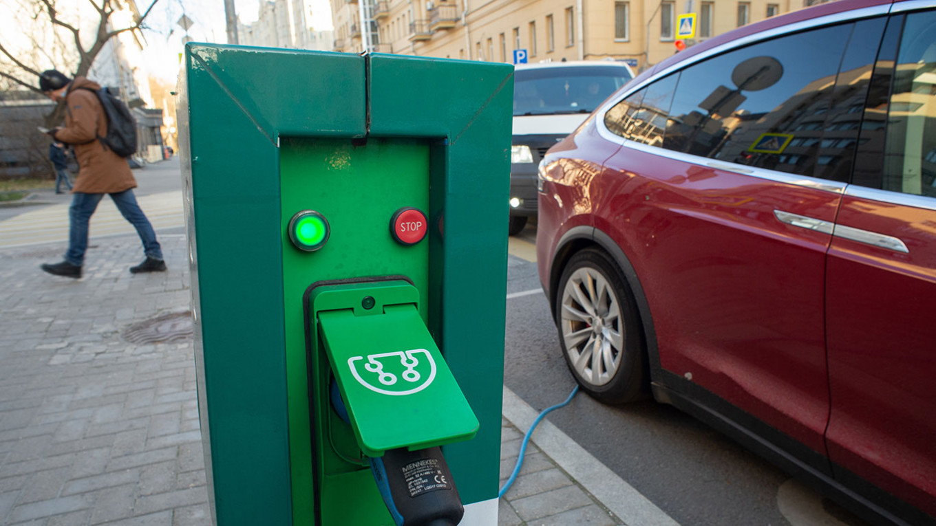 Russia to Grant Toll-Free Status to Electric Cars From 2022 – The Moscow Times