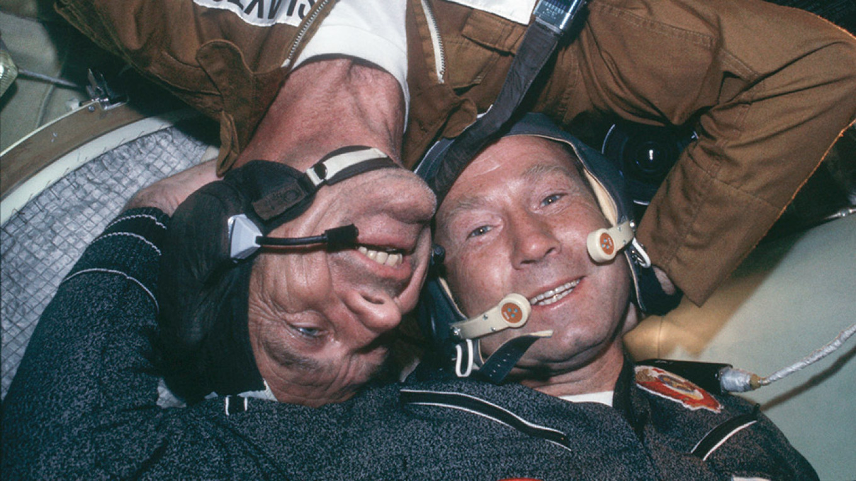 Alexei Leonov (R) NASA Johnson