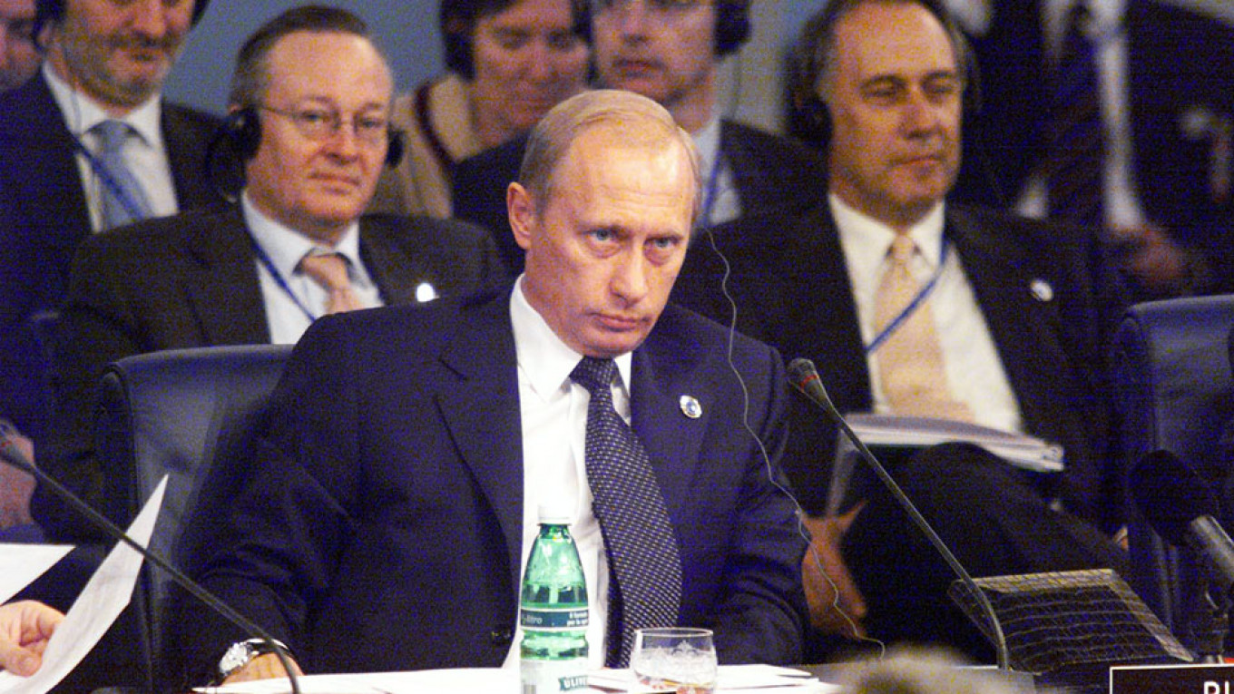 Putin Rejects President For Life Model The Moscow Times