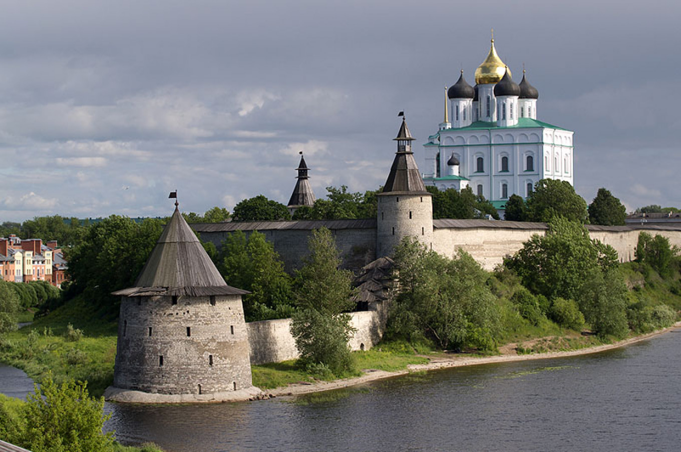 Pskov is one of the oldest cities in Russia and was first recorded several centuries before the founding of Moscow. PRIVET-STRANA.RU