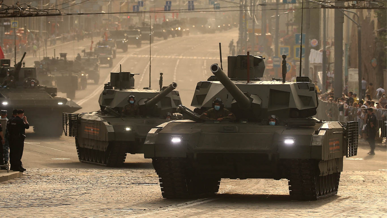 Russia to Receive Advanced Armata Tanks in 2022