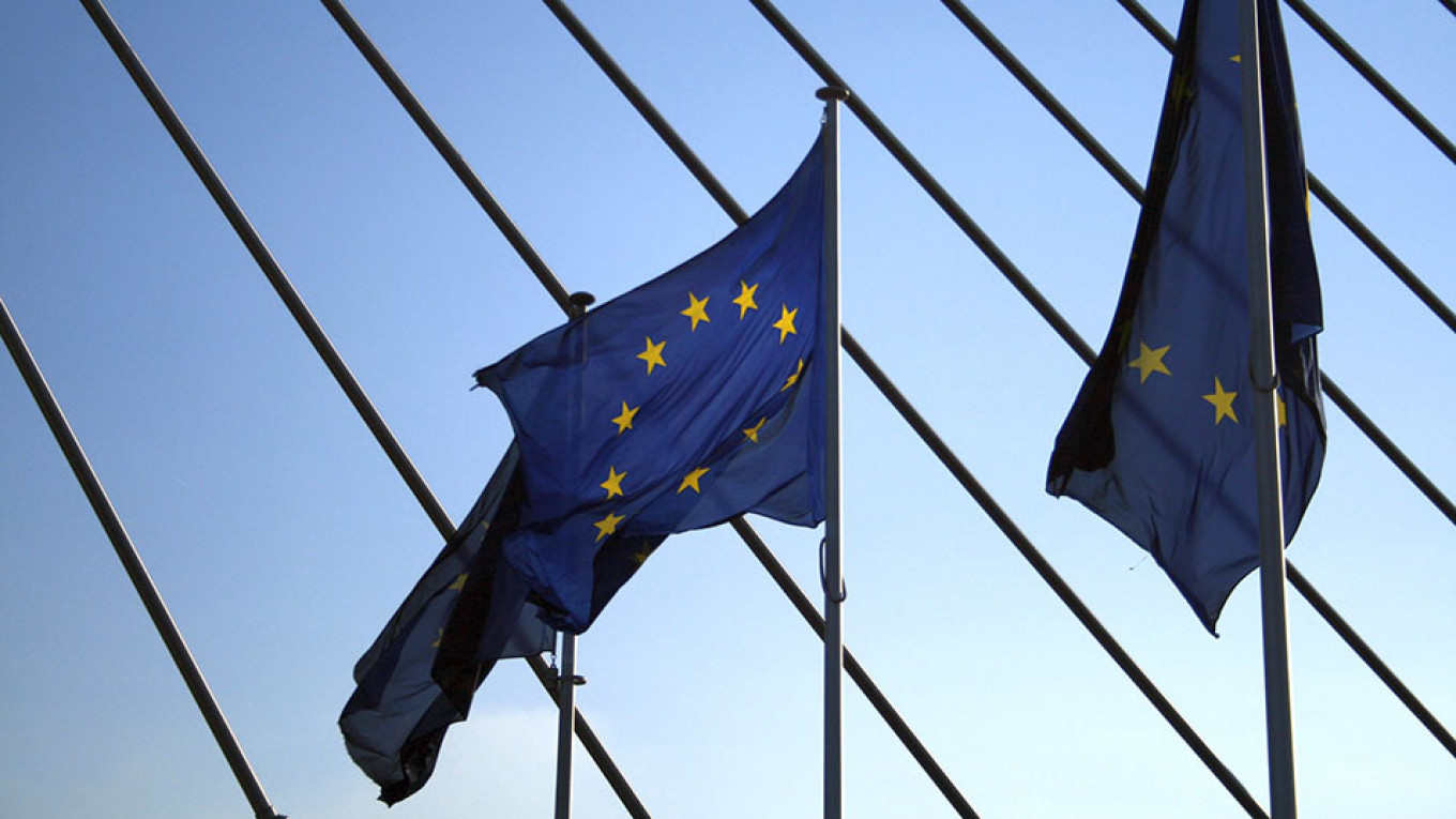 EU Considers Sanctions Against Chinese, Russian Groups Over Hacking - The Moscow Times