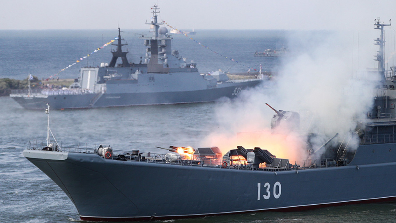 Russia, China, Iran Start Joint Naval Drills in Indian Ocean - The Moscow  Times