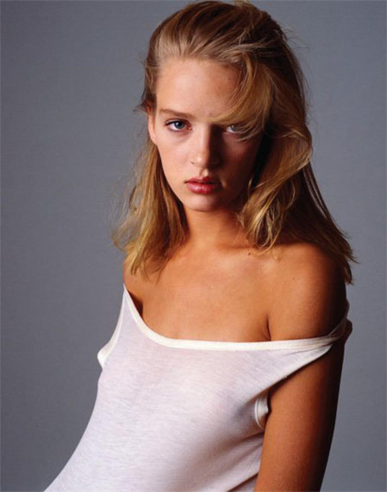 Uma Thurman. New York, 1986. Vogue Italia Denis Piel