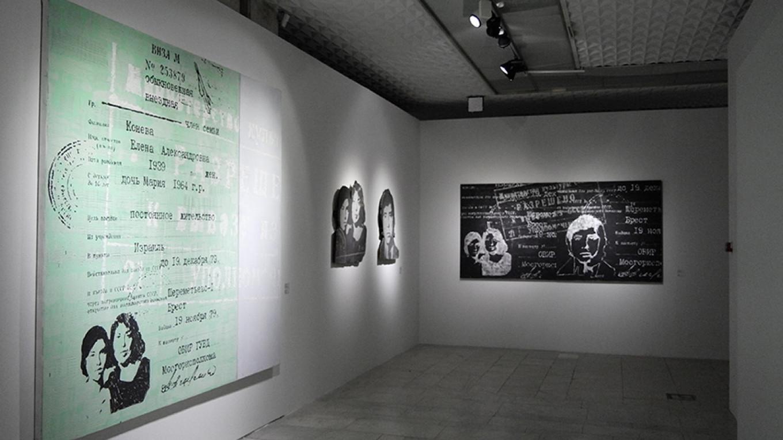 Several works on the theme of emigration / Anastasia Zamyatina / Tretyakov Gallery