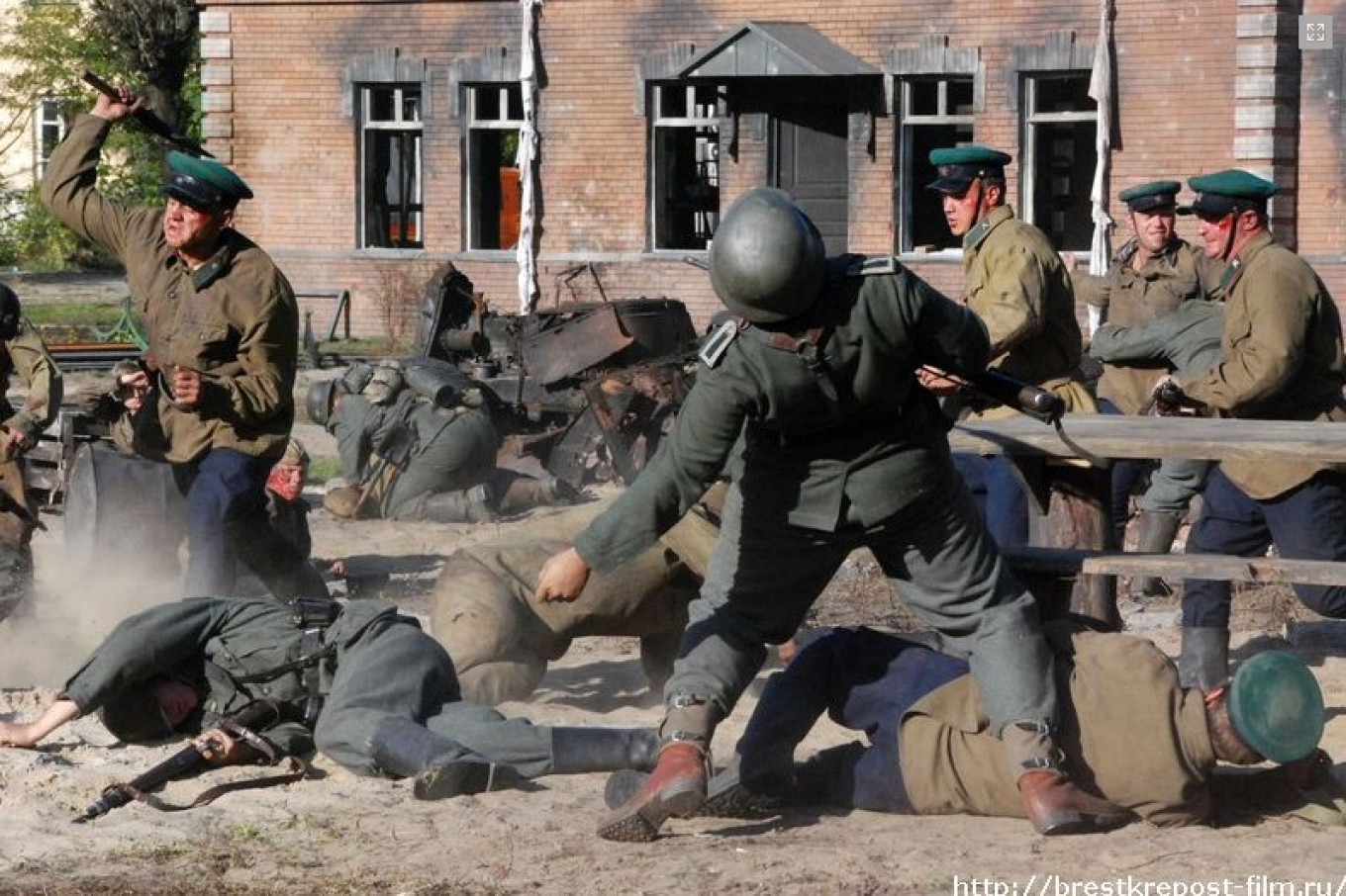 'Brest Fortress' (2010) avoids heavy-handed ideological and political motifs in order to focus on the action. CENTRAL PARTNERSHIP / BELARUSFILM