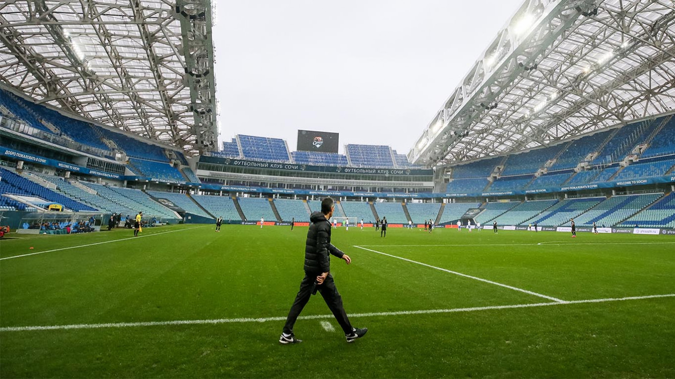 Russia's Football Clubs Losing Almost $2M Every Day - The Moscow Times