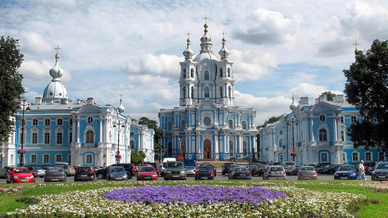Smolny Cathedral Alex Malev / Flickr