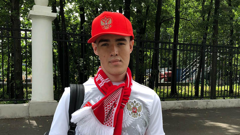 Yevgeny Anton Muratov / MT