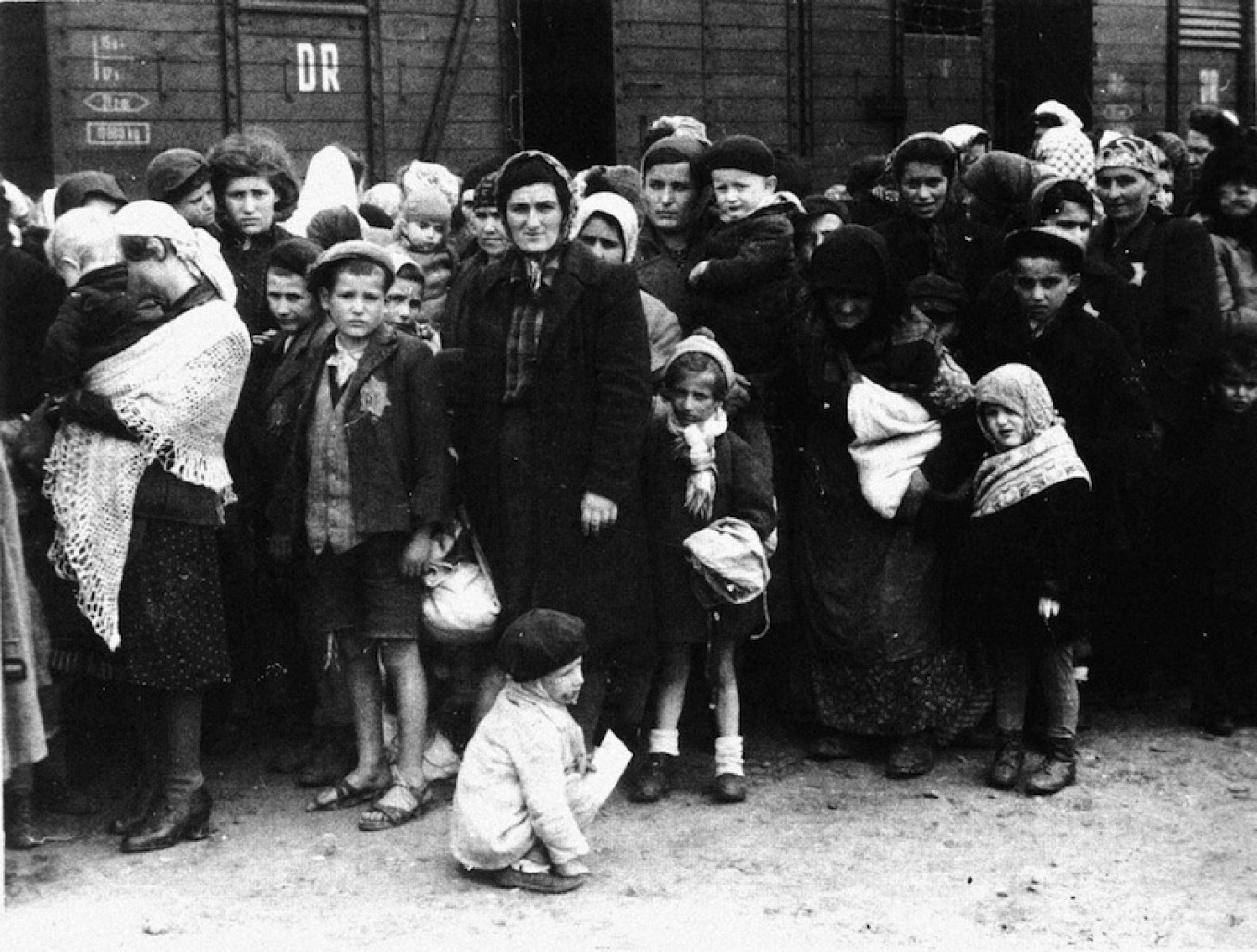 Hungarian Jews arrival at the Nazi death camp Auschwitz in Poland in the summer of 1944.  German Federal Archives