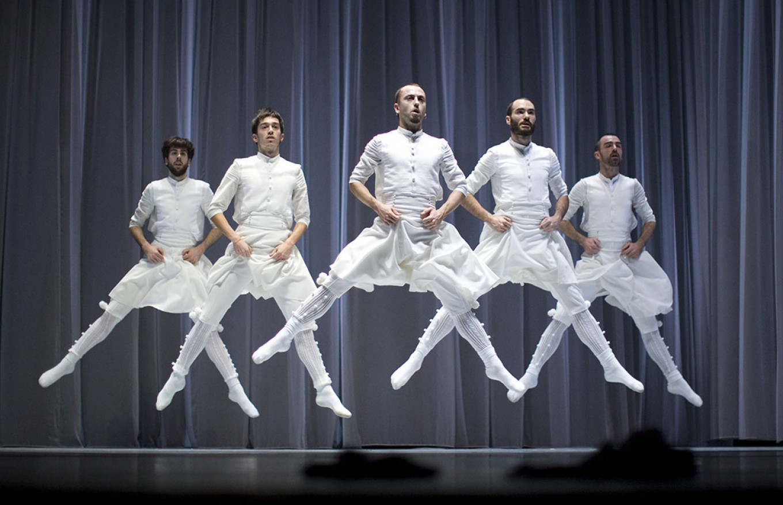Gorca Bravo / dance-inversion.ru