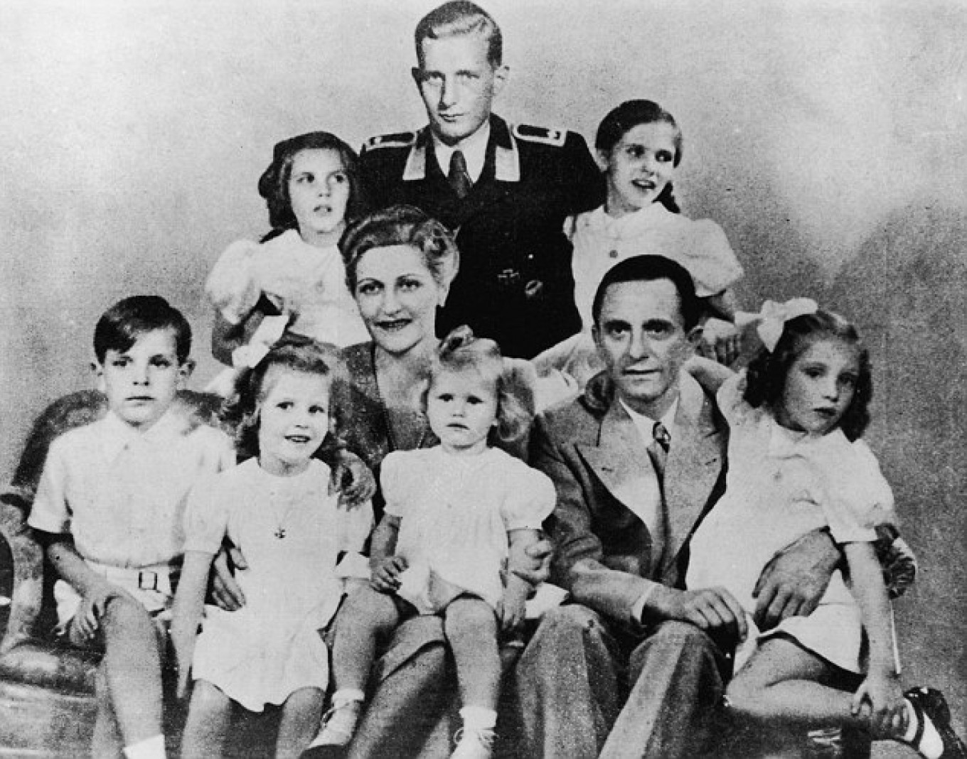 Joseph Goebbels with his wife Magda and their children, who suffered a sad fate.