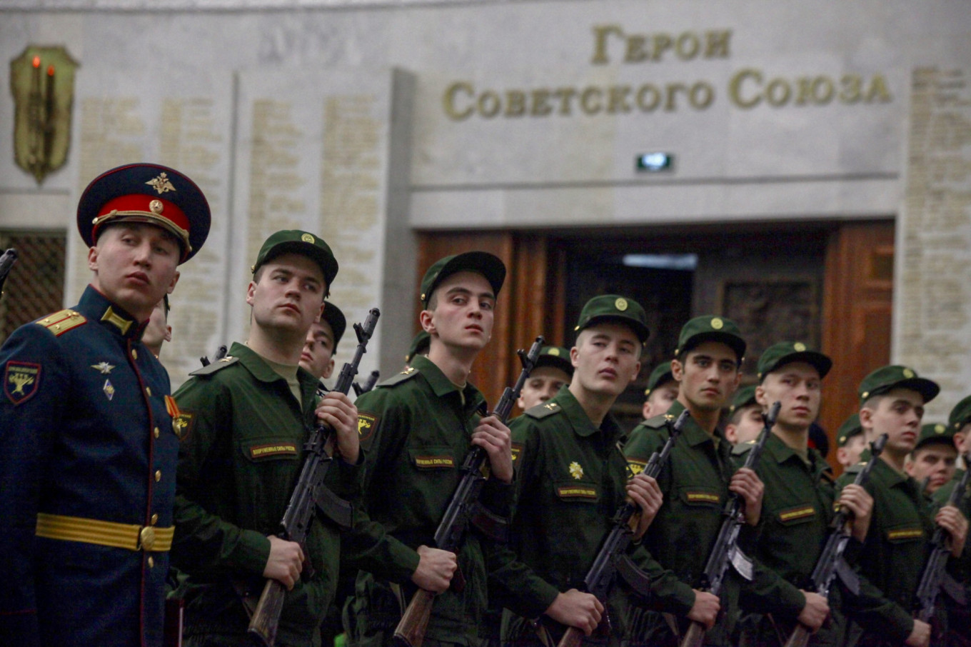 Russian Military Seeks Upper Hand With 'Genetic Passport' for Soldiers, Top Scientist Says