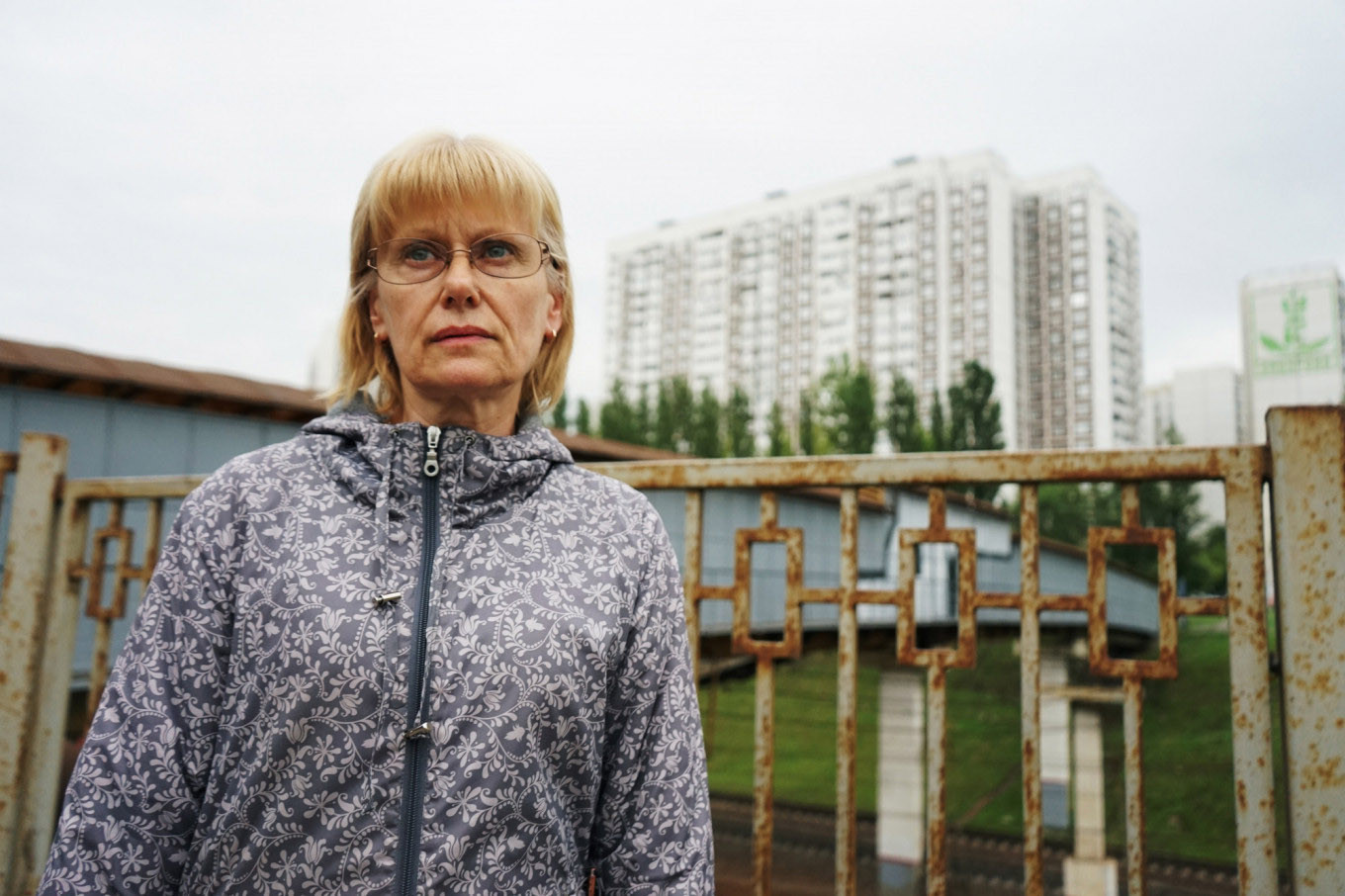 Yelena Ageyeva believes Moscow officials are lying to local residents about the construction's safety.				 				Héloïse Bargain / MT
