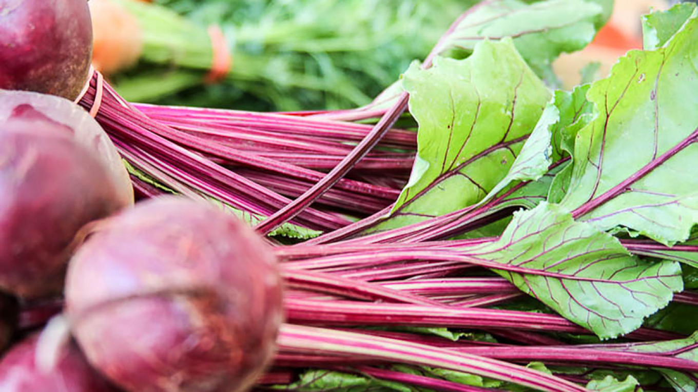 Fresh spring beets are completely edible, from root to leaf Jennifer Eremeeva / MT