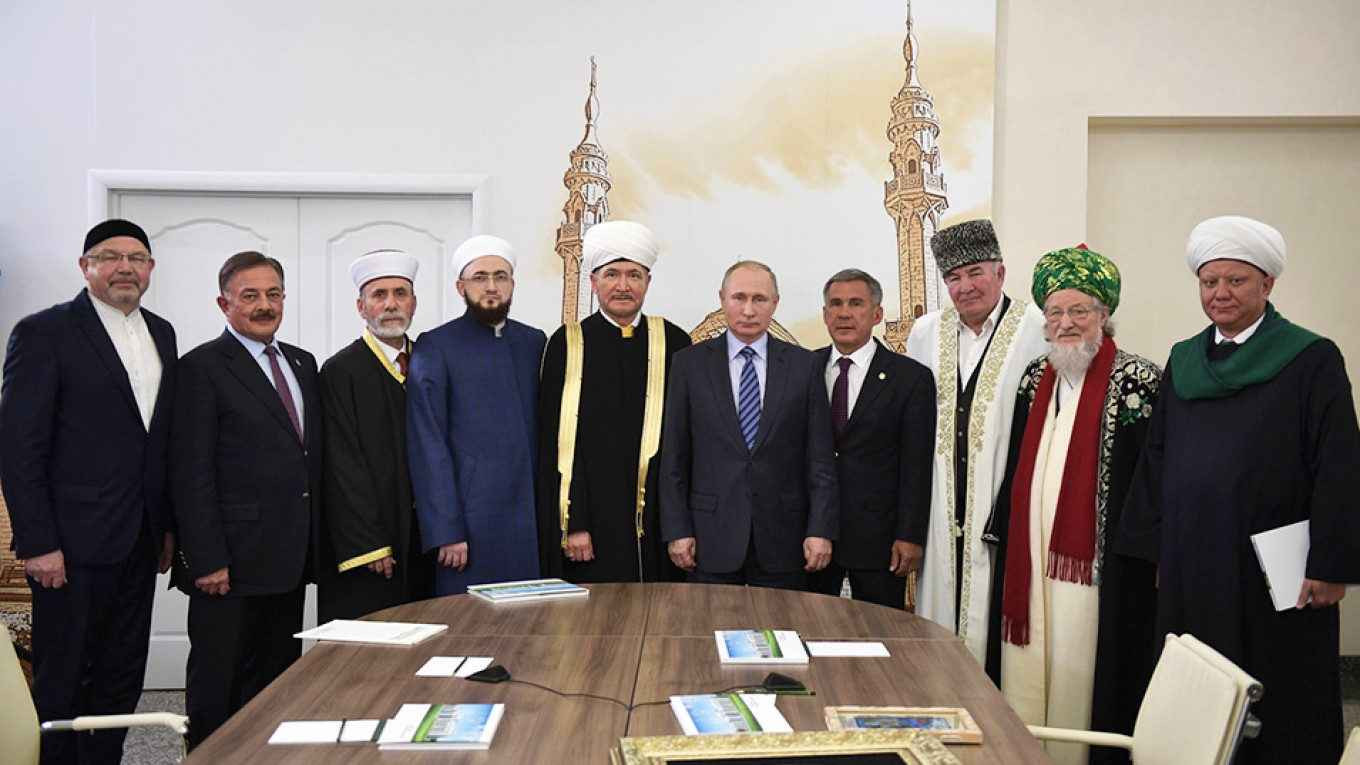 'Top 100 Influential Russian Muslims' Ranking Released by Local Media
