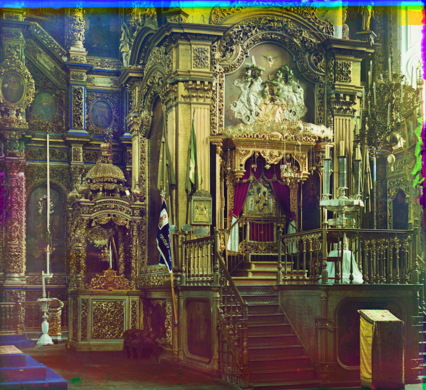 Cathedral of Dormition of the Virgin, Smolensk, Summer 1912, with the Icon of the Virgin, said to be painted by Apostle Luke, in the baldachin. S Prokudin-Gorsky 20413