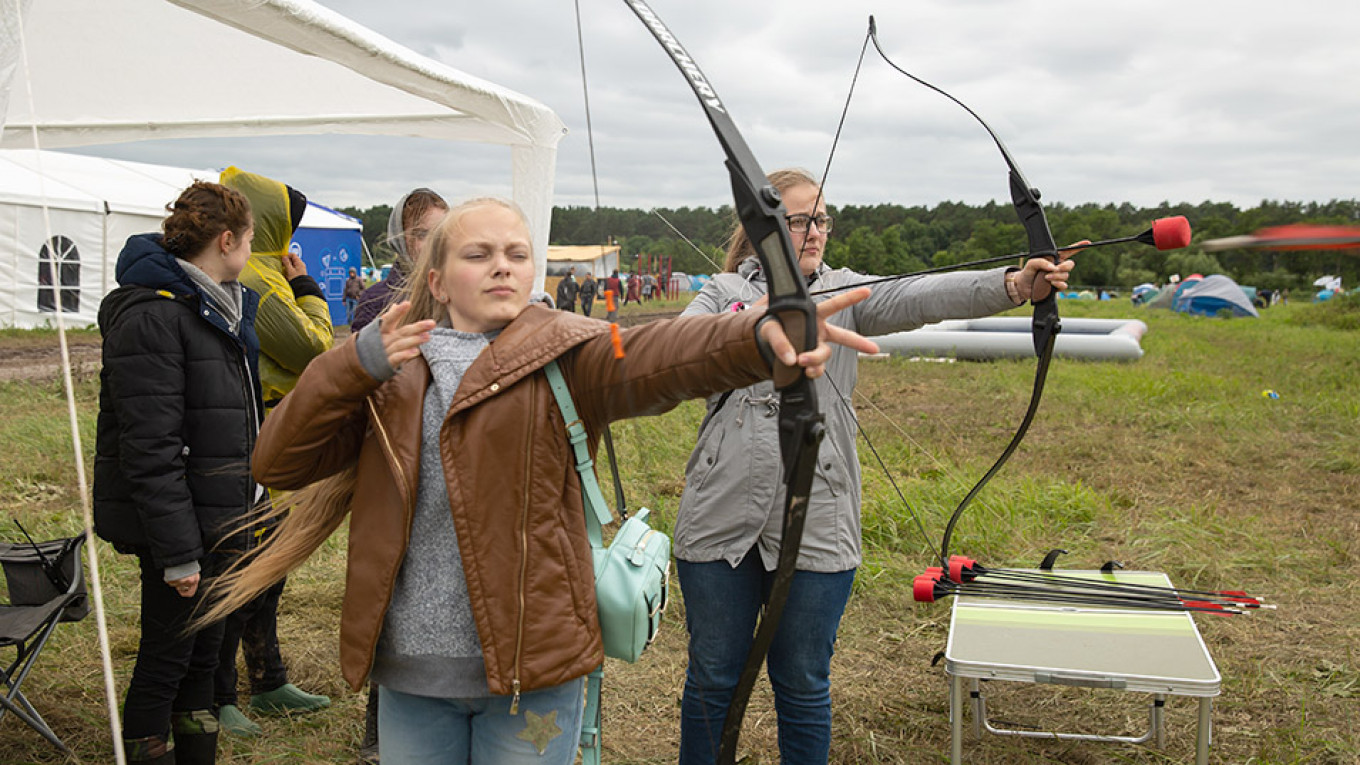 Russia Moves to Legalize Bowhunting