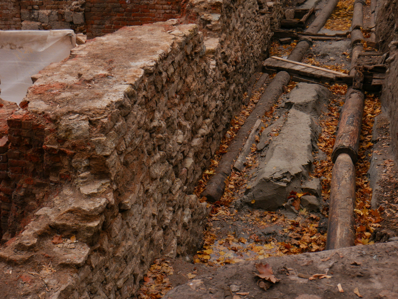 Original wooden floorboards and other constructions have been found at the site. Daniel Kozin / MT