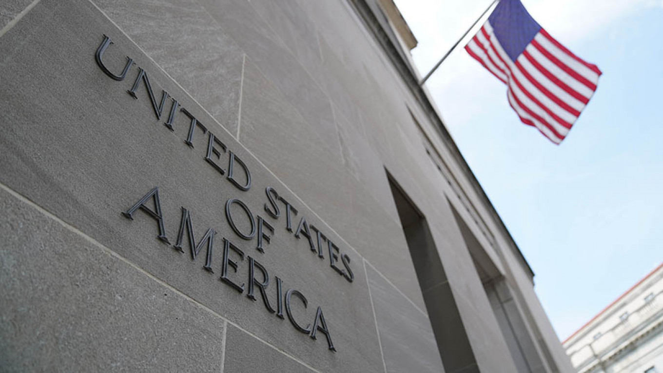 U.S. Slaps Sanctions on Russia, Other Countries Over Iran - The Moscow Times