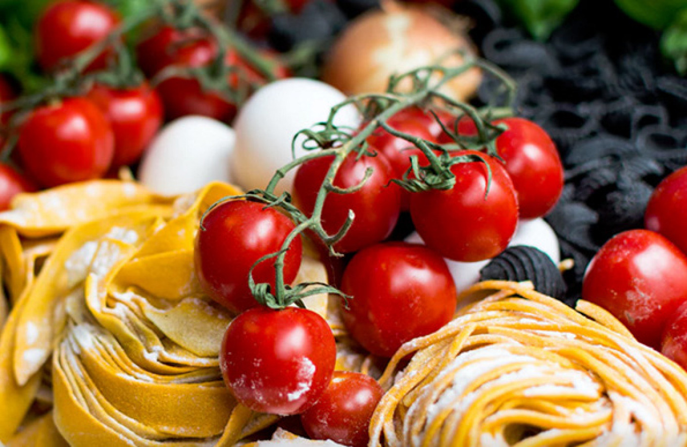 Learn how to make risotto and pasta from Italian chefs. Italia Fest Press Service