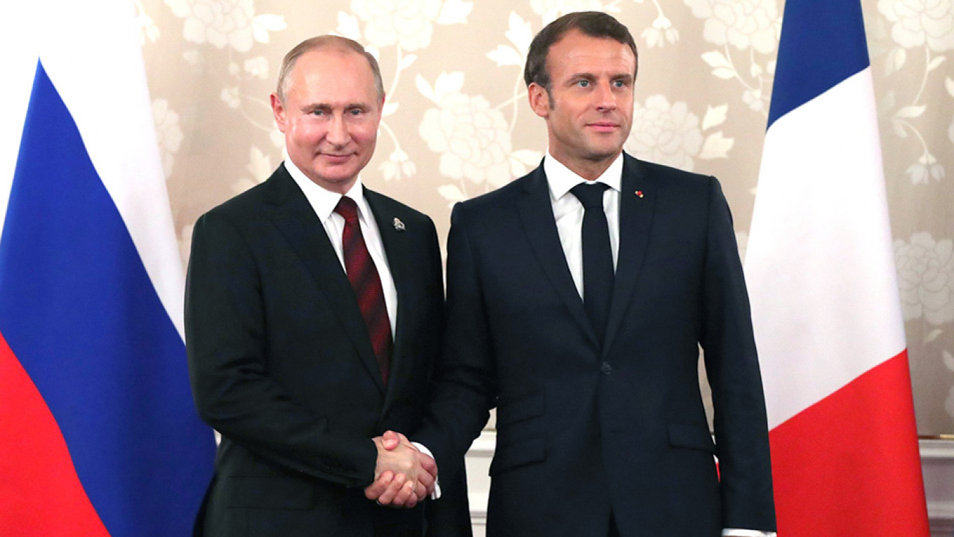 French President Emmanuel Macron is taking the lead on peace talks between Russia and Ukraine.				 				Kremlin.ru
