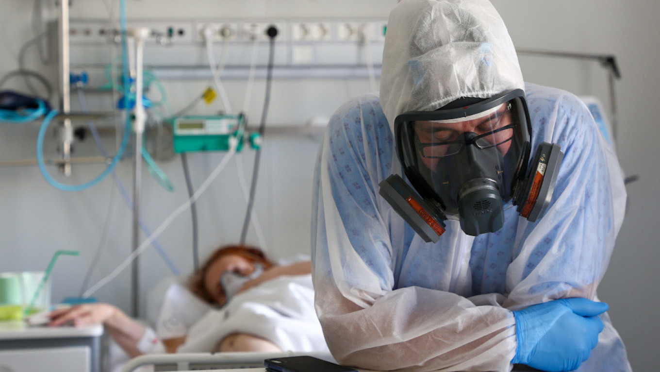 Russia Reports Record Coronavirus Deaths Record for 3rd Time – The Moscow Times