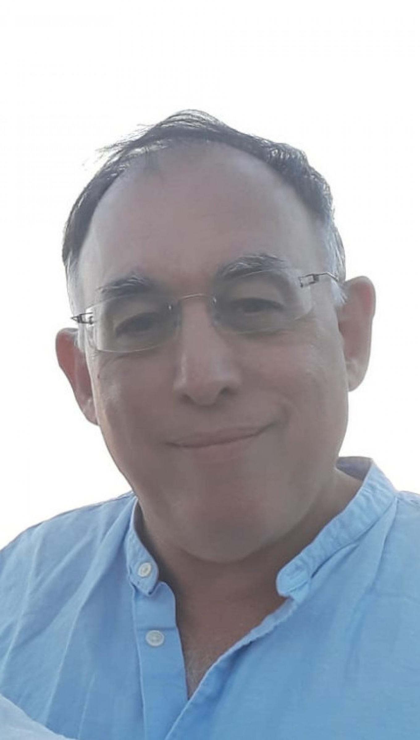 Author Eric Lee