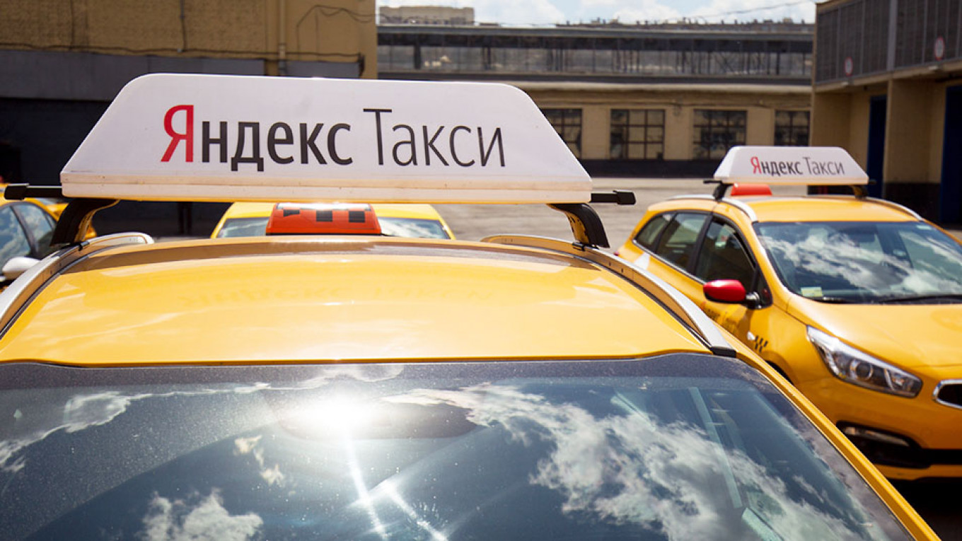 Russia's Yandex Taxi Likely to Sell New Shares, Says Top