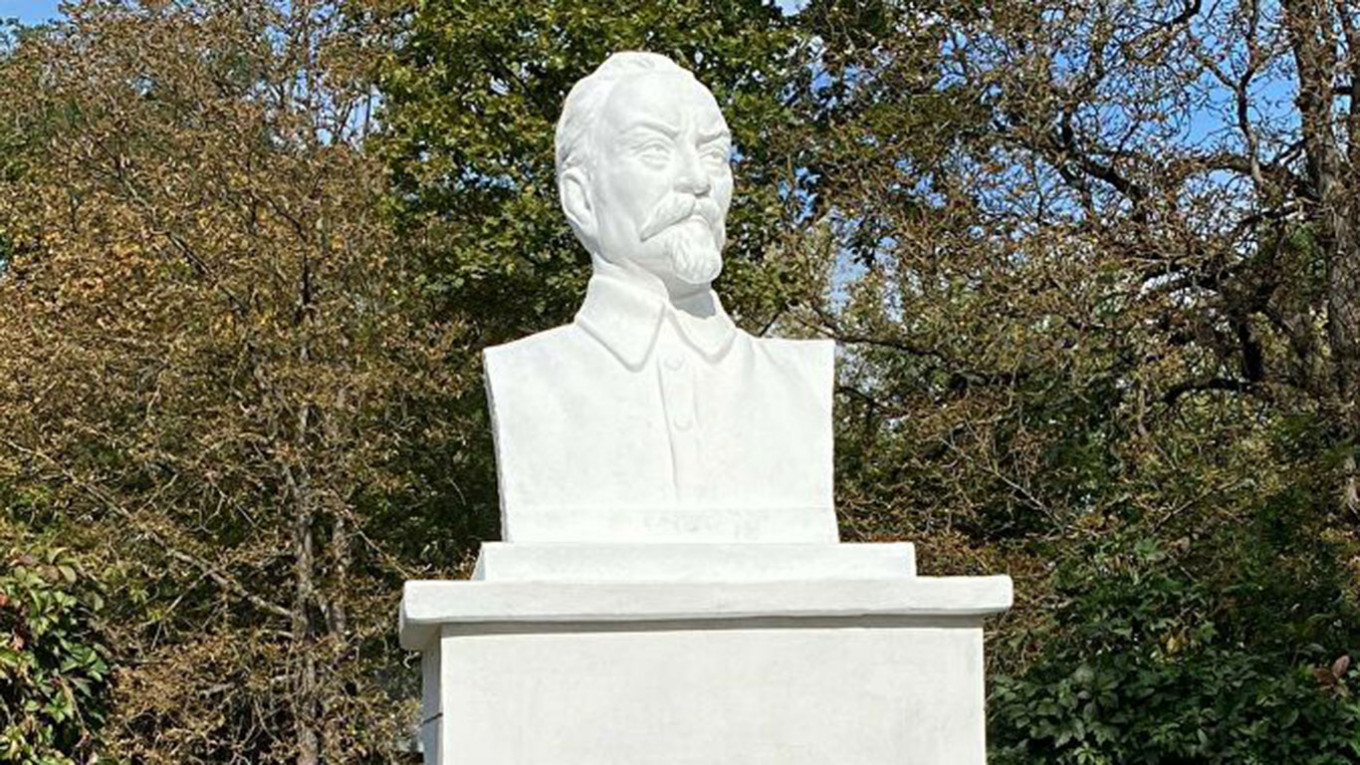 , New Russian Monuments to Soviet Secret Police Founder Spark Controversy, The World Live Breaking News Coverage & Updates IN ENGLISH