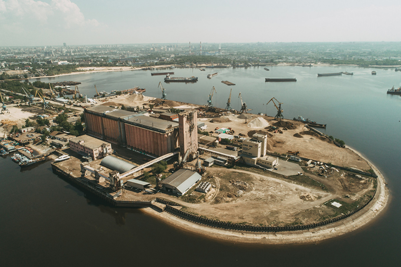 The port elevator site in Kazan as it looks today. The Institute for Urban Development of the Republic of Tatarstan