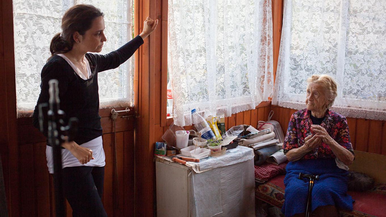 "Yarovskaya speaks with Elena Posnik, who hauled uranium ore in the camps.  Courtesy of ""Women of the Gulag"""