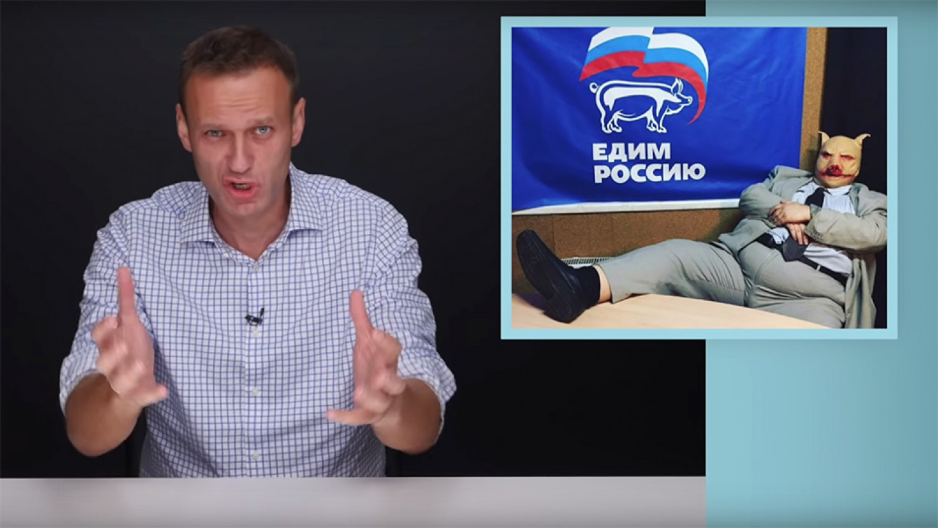 Opposition leader Alexei Navalny is urging voters to oust the ruling United Russia party.  Navalny / YouTube