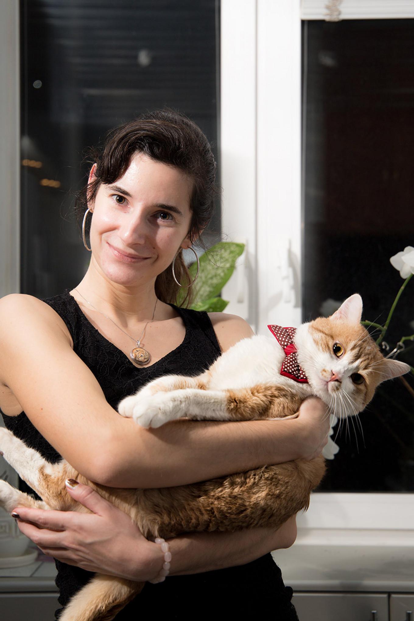 Galina Shlyakhova and Tikhon the cat. Social Veterinary Center