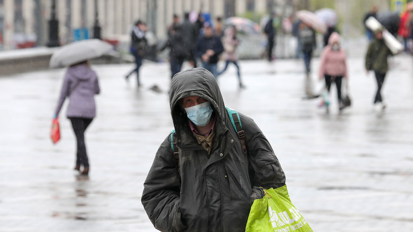 Moscow Returns Remote Work, Other Measures Amid Resurgent Pandemic Wave – The Moscow Times