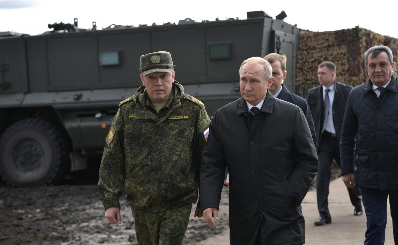 Valery Gerasimov and Vladimir Putin Kremlin.ru