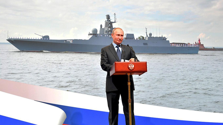 Putin Unveils World's Longest Nuclear Submarine at Shipyard