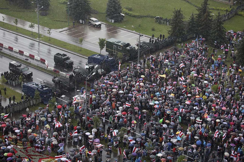 Demonstrators in Minsk on Sunday. AP / TASS