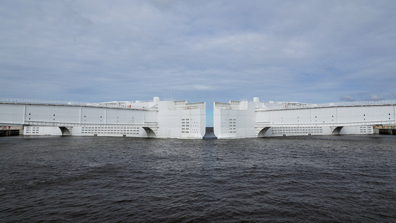 The main gates of the dam can close within 45 minutes of an alarm.				 				St. Petersburg Flood Prevention Facility Complex