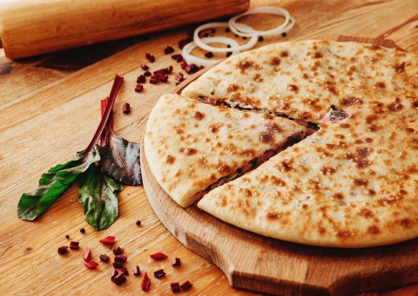 Forget pizza - order in an Ossetian pie. Or two. Or five. Vkusnee.ru