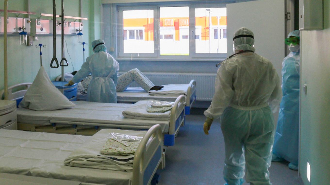 Russia Sees Record Daily Virus Deaths As Regions Struggle The Moscow Times