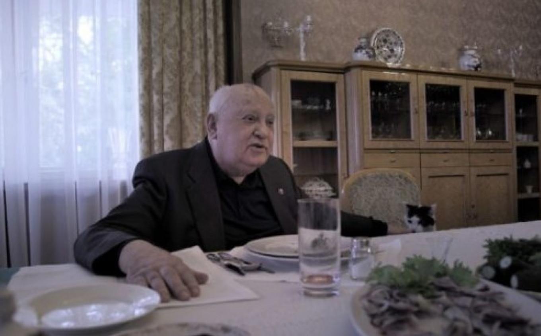 "Still from Mansky's ""Gorbachev. Heaven."" Courtesy of Pioner Theater"
