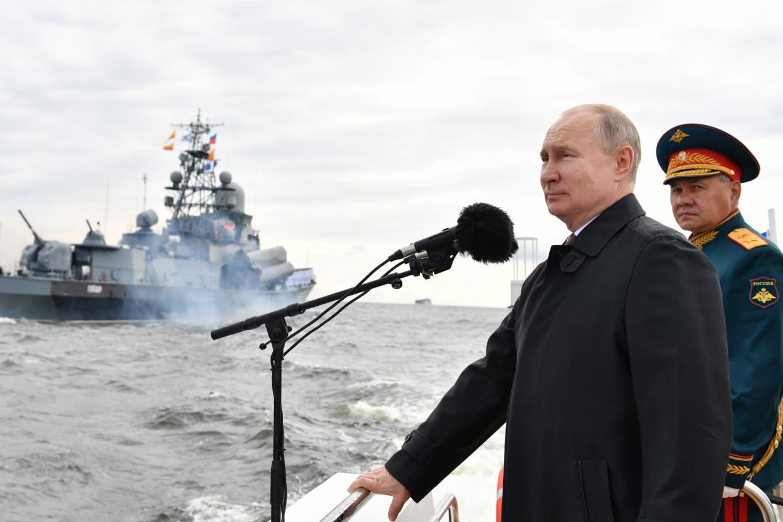 Putin Warns of 'Lethal' Strikes at Russian Warship Parade