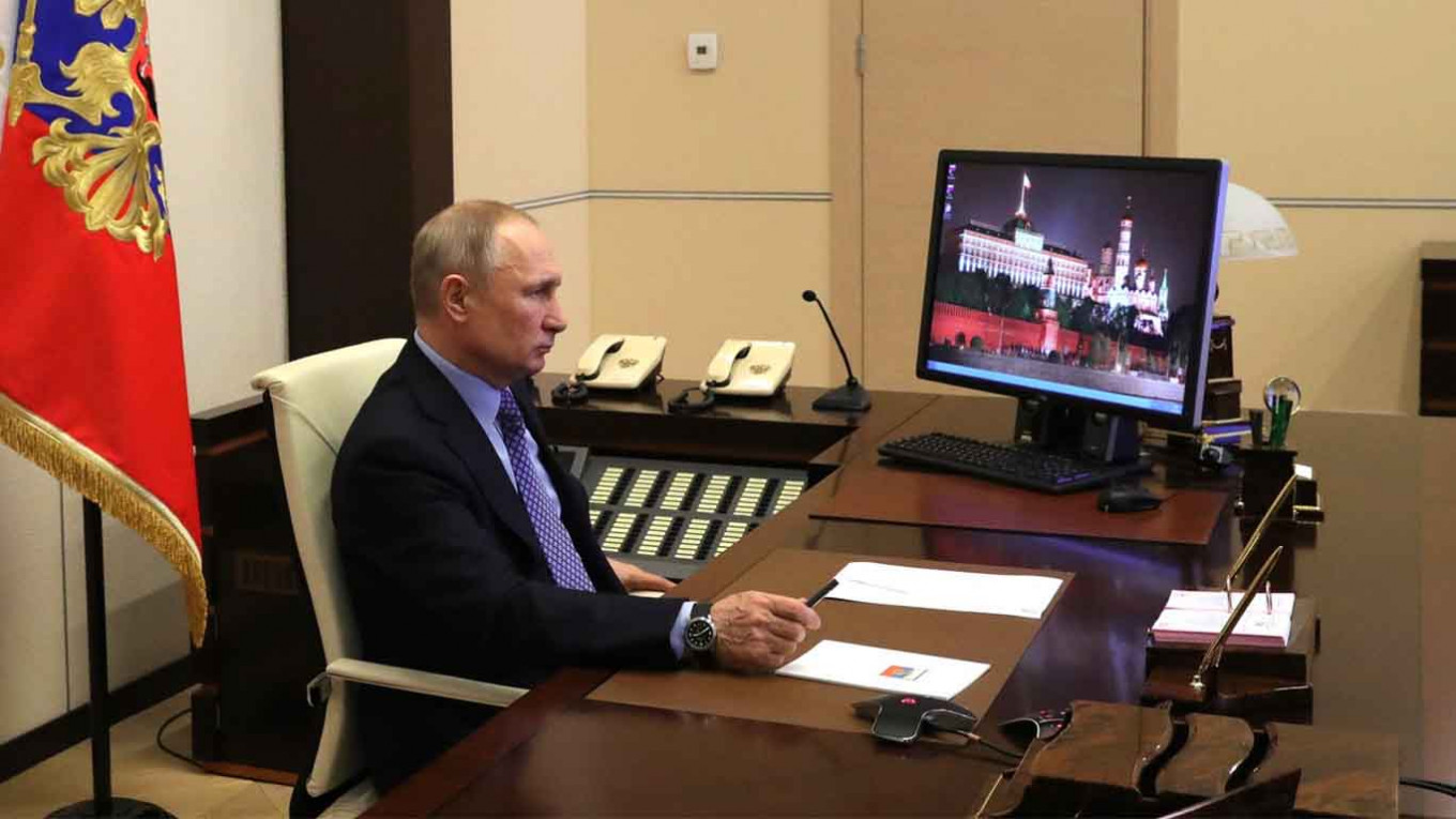 Putin Working Remotely After Meeting Infected Doctor, Kremlin Says