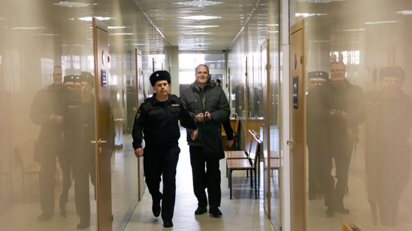 Russia Halts Early Release of Jehovah's Witness Dennis Christensen