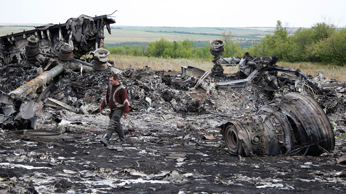 Key MH17 Suspect Ready to Testify in Eastern Ukraine, Lawyer Says