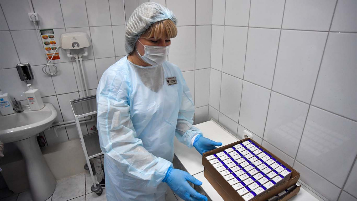 Russia Begins Coronavirus Vaccine Rollout The Moscow Times