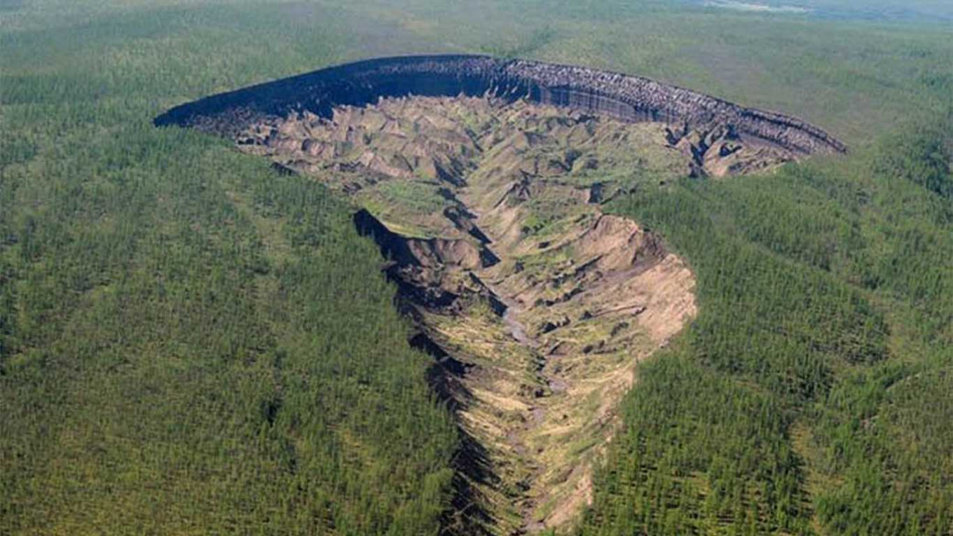 Siberia's 'Gateway to the Underworld' Expands Amid Record-Smashing Heat Wave - The Moscow Times