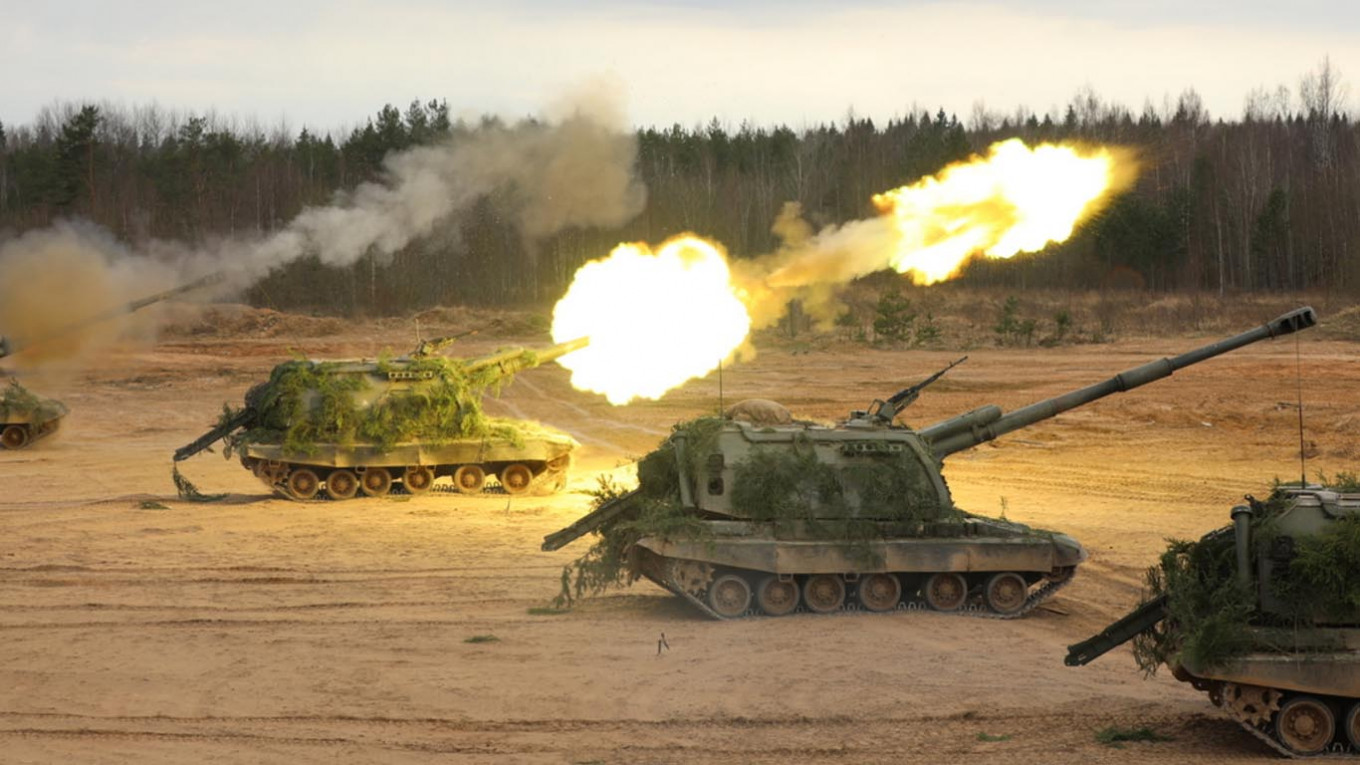 Russia Returns To Top 5 Defense Spending Countries Worldwide