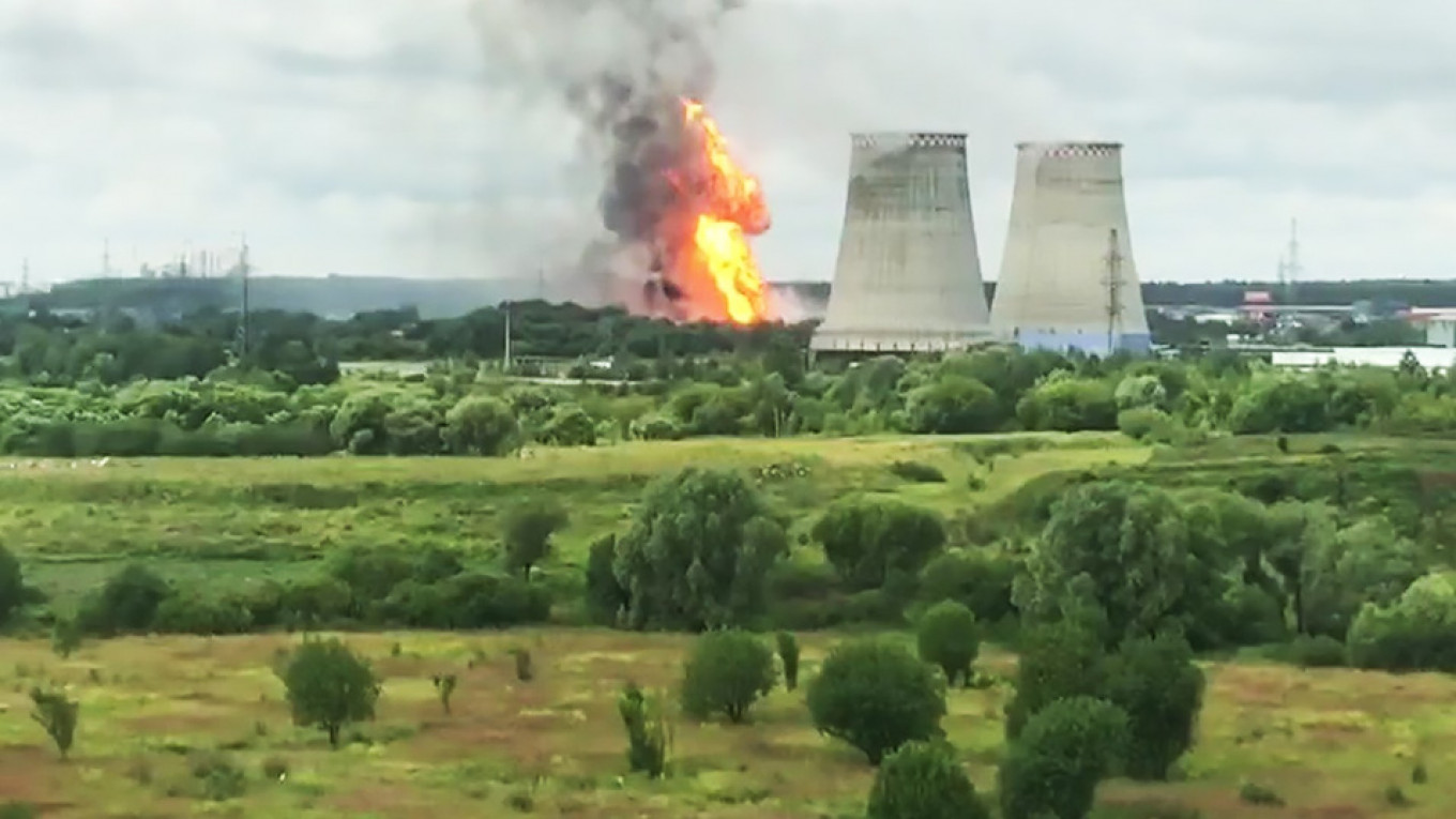 Major Fire Kills 1 and Injures 13 at Power Plant Near Moscow